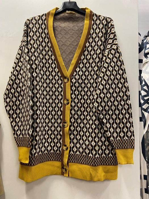 Кофты пиджаки разбитые серии 1037074