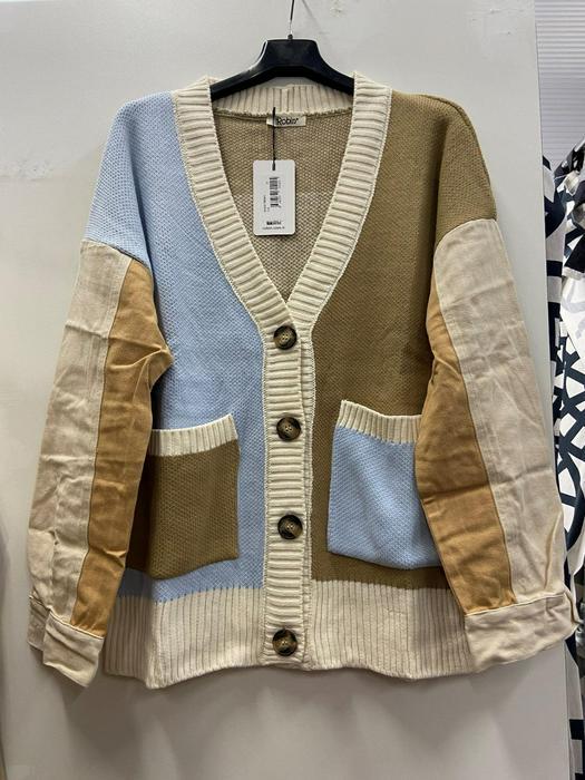 Кофты пиджаки разбитые серии 1037077